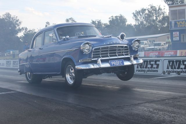 holden-fc-drag-car-launch