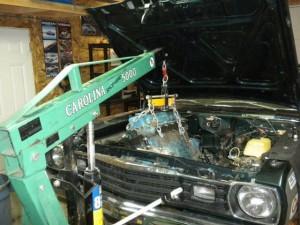 225-slant-6-removing-engine